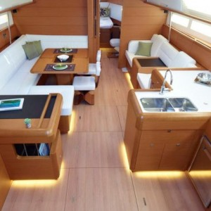 jachty na Balearach - Sun Odyssey 509