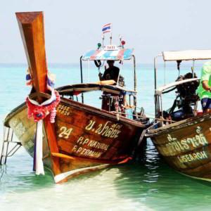 Jachty i katamarany w Tajlandii