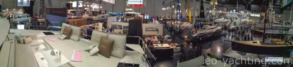 Pośród kliku innych katamaranów, Bali 4.1 przyciągał sporą uwagę na targch BOOT w Duesseldorfie