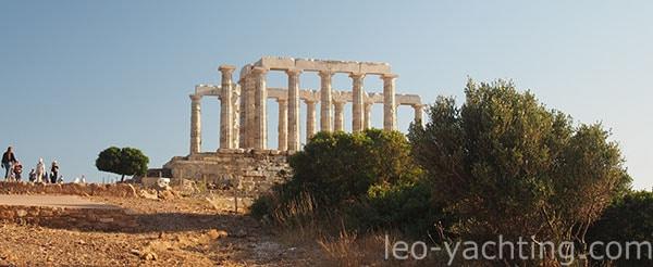 Światynia Posejdona na przylądku Seunion, Grecja - warto tu zakotwiczyć po drodze do Aten i Lavrion