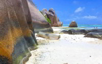 Czarter katamaranu jest możliwy na Seszelach przez okrągły rok