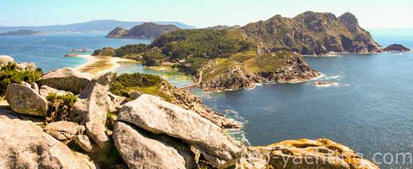 Czarter jachtu motorowego u wybrzeży Hiszpanii