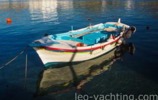Cumowanie łodzi Grecja
