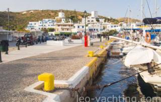 Port z jachtami w Grecji