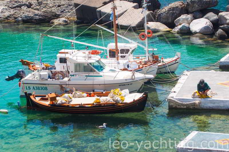 Czarter jachtów Grecja -Mandraki, Milos, Cyklady - Grecja