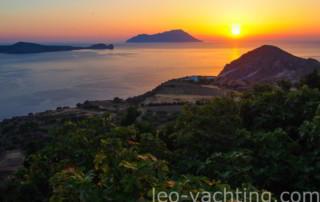 Czarter jachtów Grecja - Milo - zachód słońca