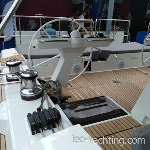 Piękny jacht Jeanneau 64