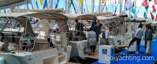 Targi żeglarskie Genua - pokazywane były wszystkie modele jachtów czarterowych