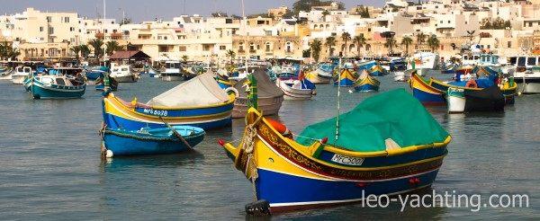 czarter jachtów na Malcie - łodzie rybackie luzzu