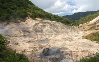 Wyziewy siarki i gorące błotne źródła - St. Lucia