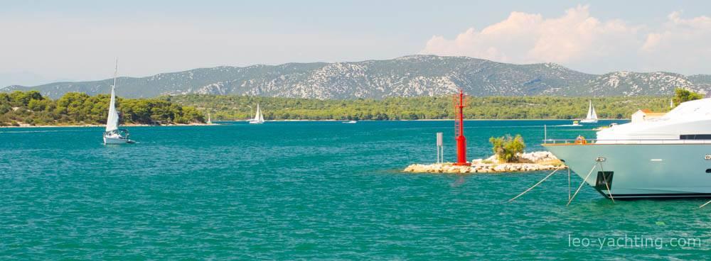 Czarter jachtów w Chorwacji - morze i góry Dynarskie
