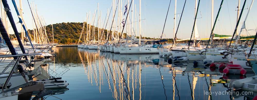 czarter w Chorwacji - marina Murter