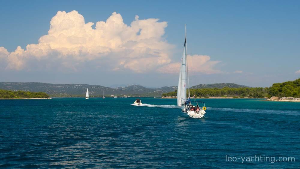 Czarter jachtów Chorwacja - chmury