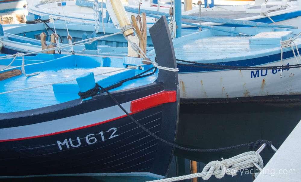 czarter jachtów Chorwacja - lodzie rybackie Murter
