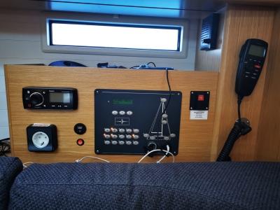 nawigacja Bavaria Cruiser 46