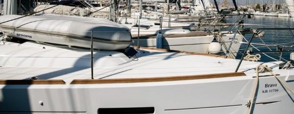 Jacht Sun Odyssey 449 - pokład przedni