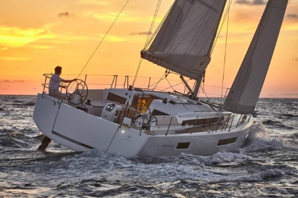 Sun Odyssey 440 pod żaglami
